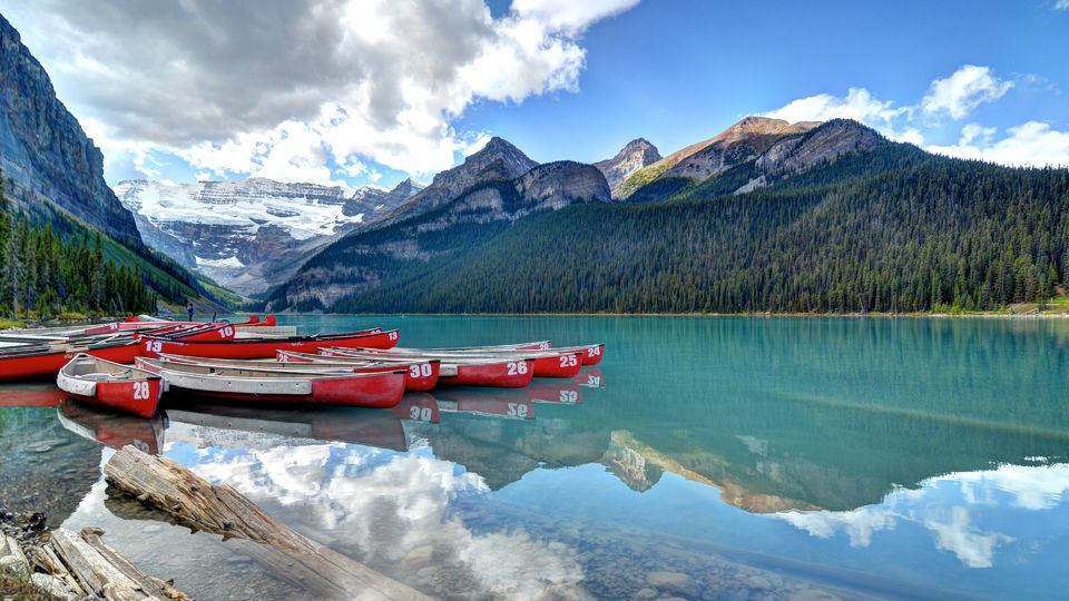 Banff National Park Hop On Hop-Off Bus Day Pass
