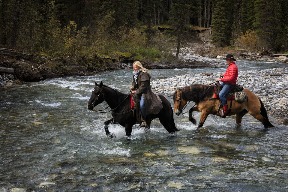 Overnight Backcountry Lodge Trip by Horseback