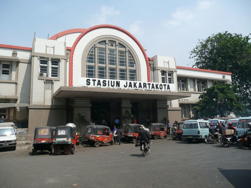 Jakarta Old Batavia Guided Walking Tour