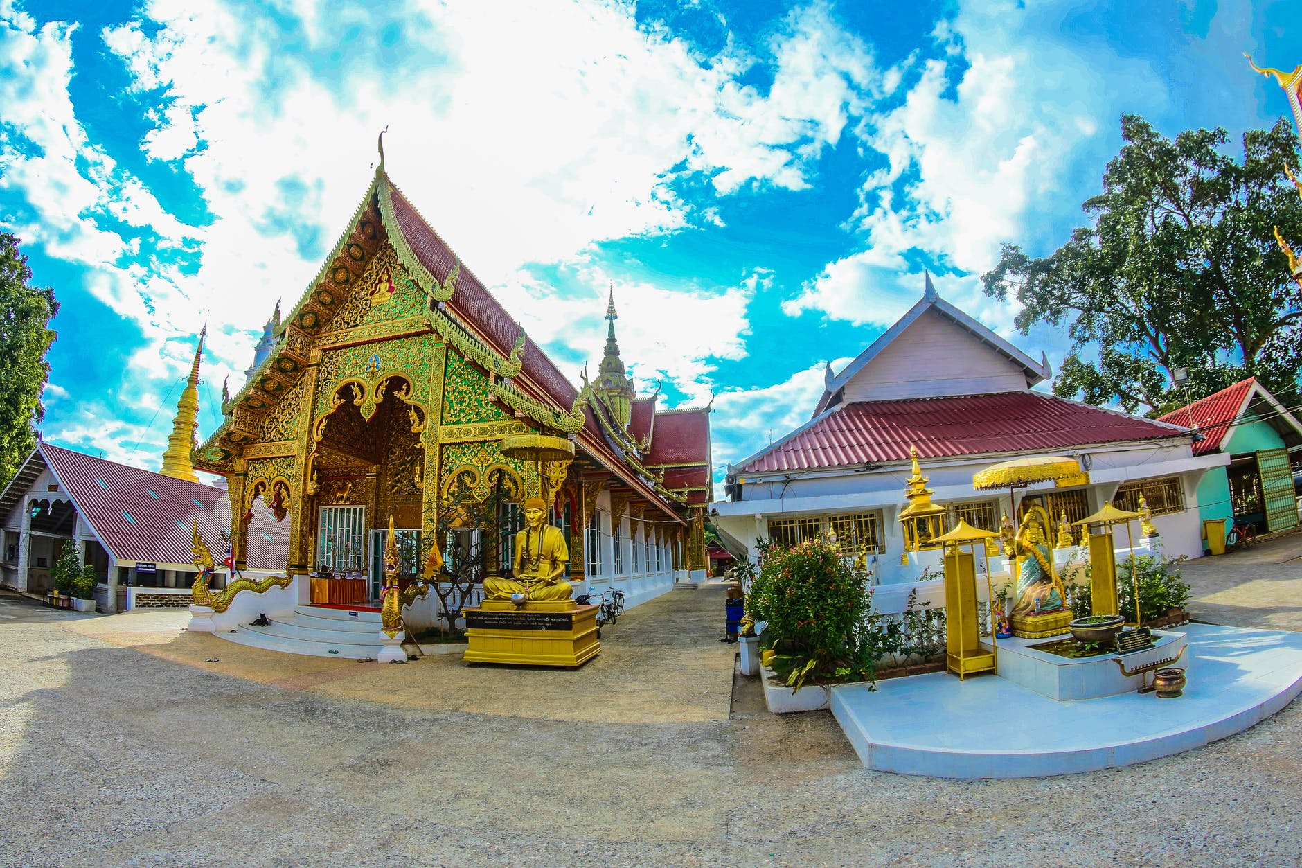 Temples of Bangkok's Old Town