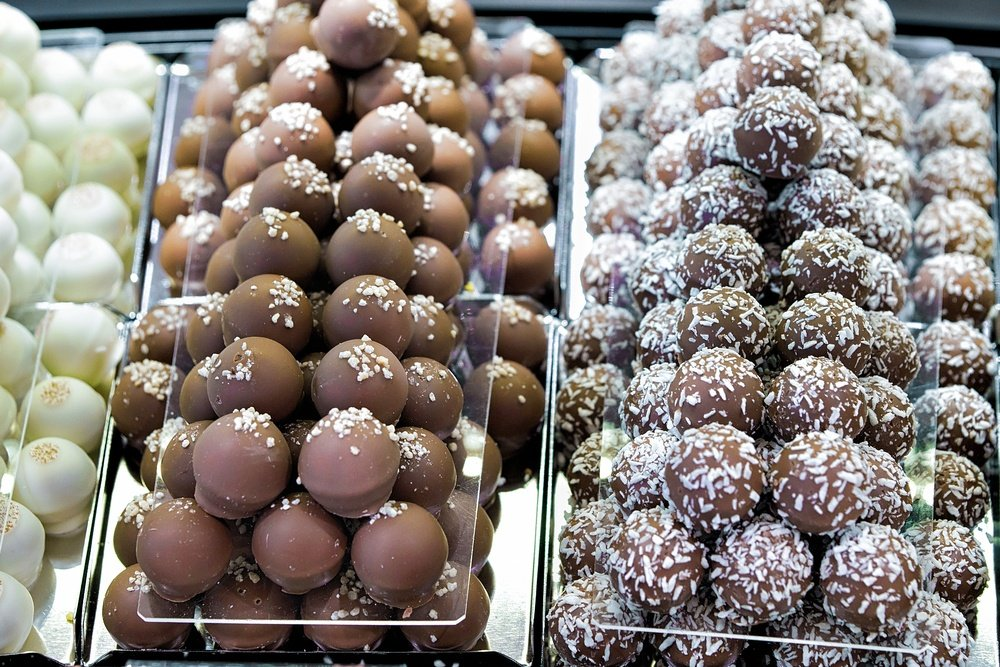 LINDT Swiss Chocolate Experience