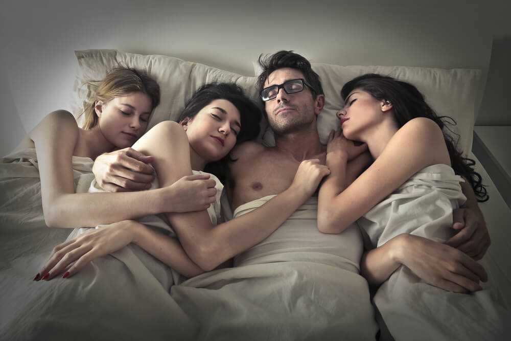 man has group sex in a dormitory