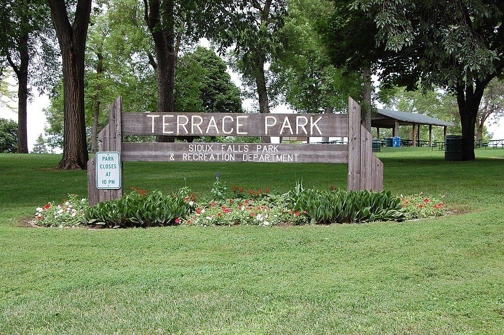 Stroll Through the Iconic Terrace Park