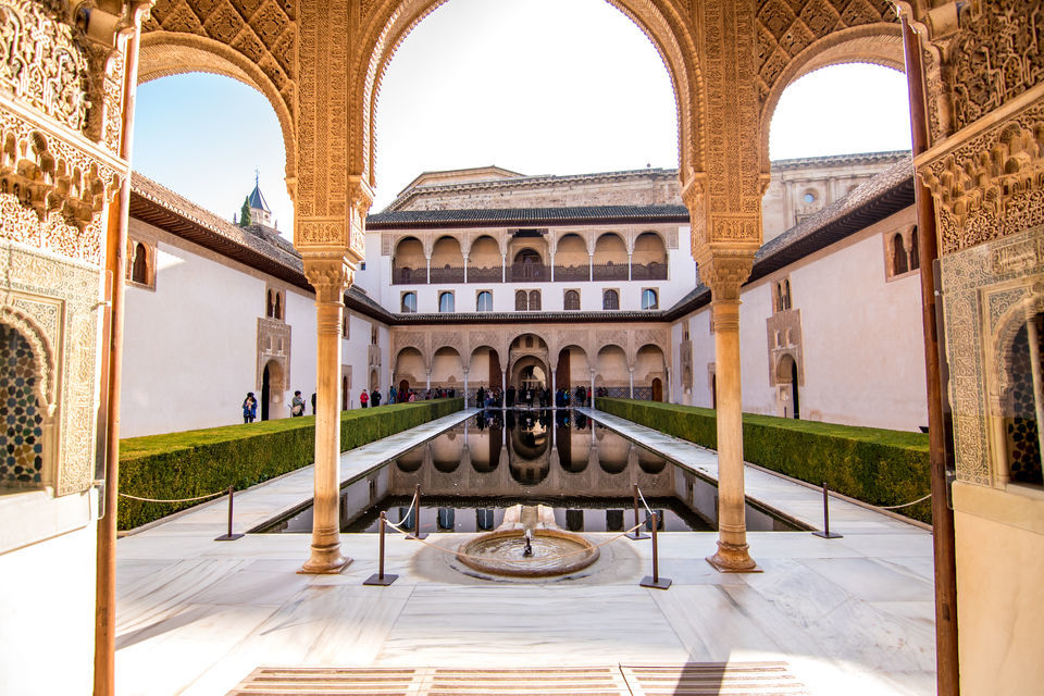 Day Trip to Granada from Seville: Alhambra and Albaicin