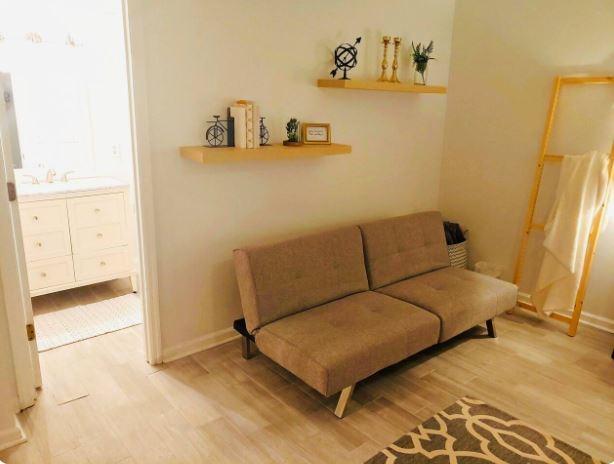 Cozy Auburn Private Guest Suite