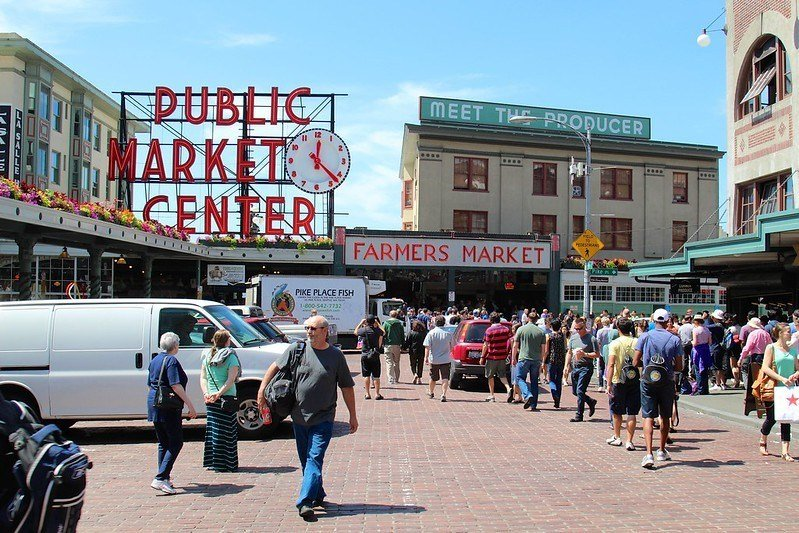 Experience the Energy of the Eastern Market