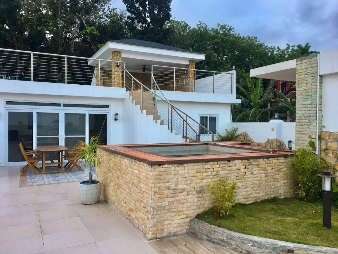 Gorgeous Penthouse with Jaccuzi Cebu