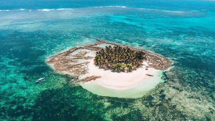 Island hopping Siargao to Guyam Island