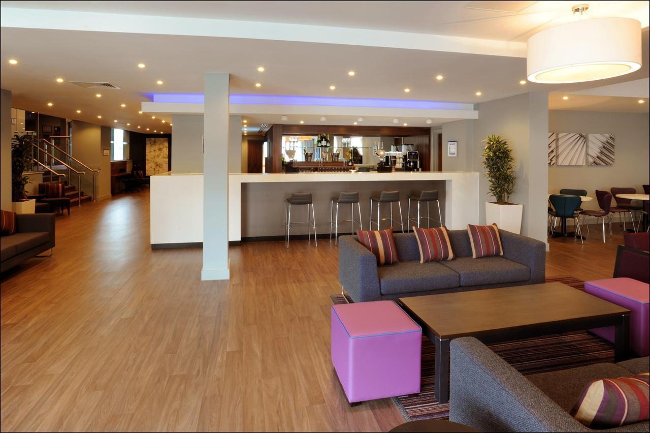 Holiday Inn Express Birmingham Snow Hill best hostels in Birmingham