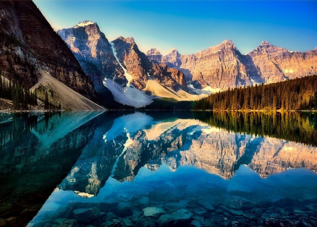 Top Places To Stay in Canada