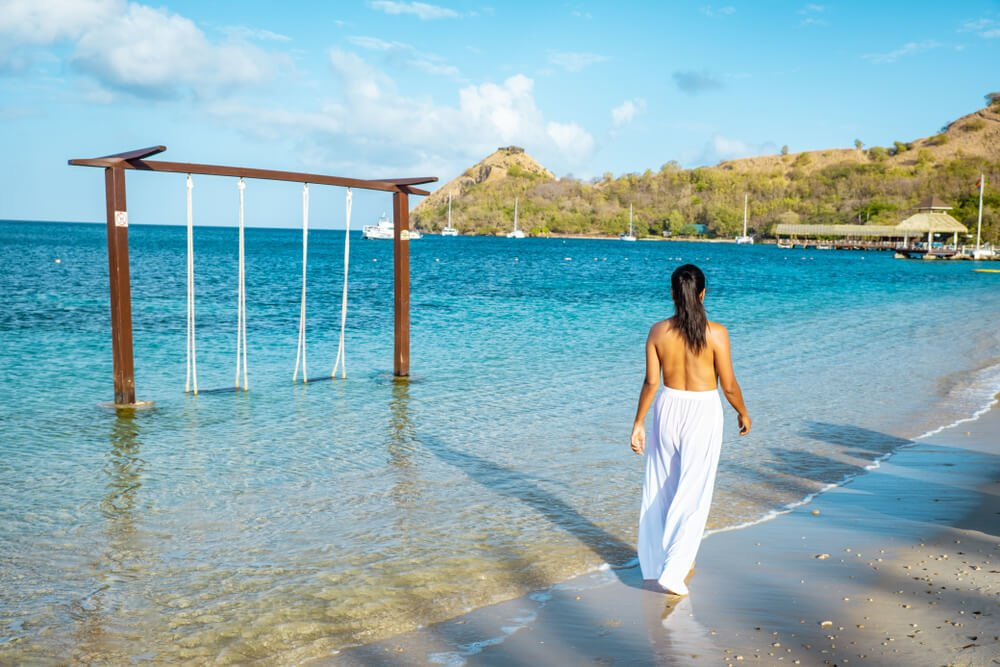 Is Saint Lucia safe for solo female travellers