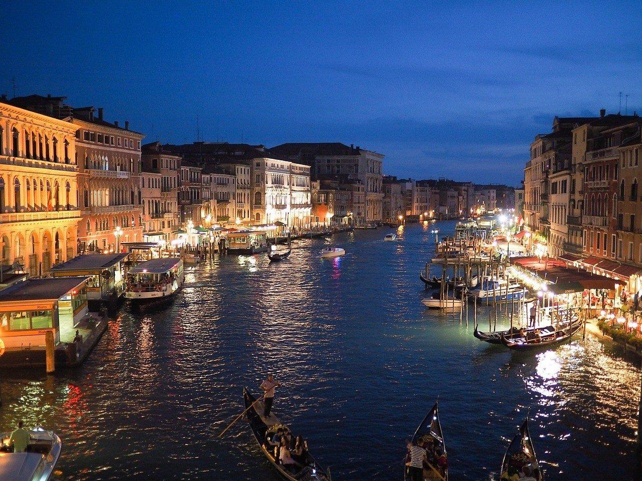Italy nightlife