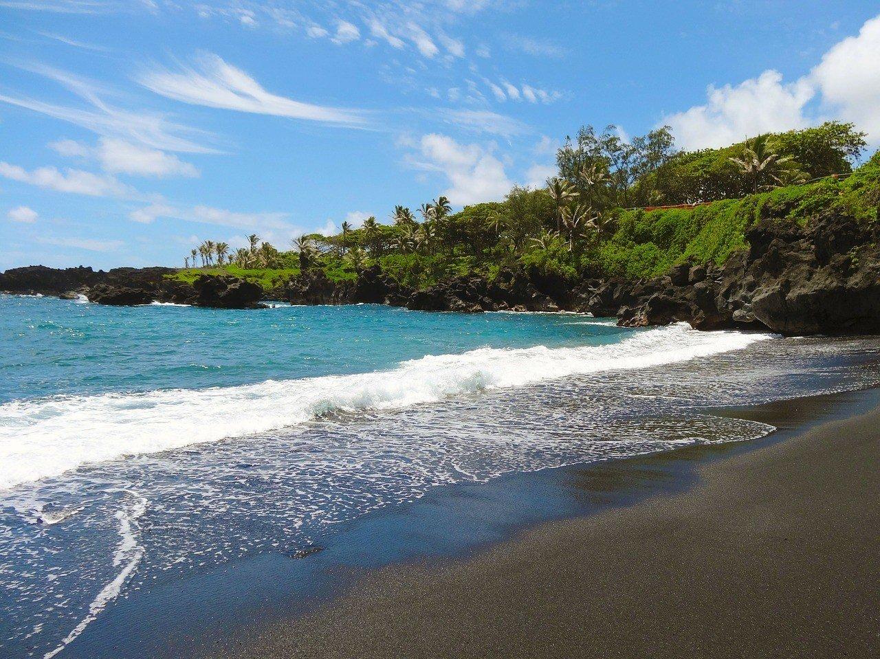 Pa'iloa Black Sand Beach, Maui