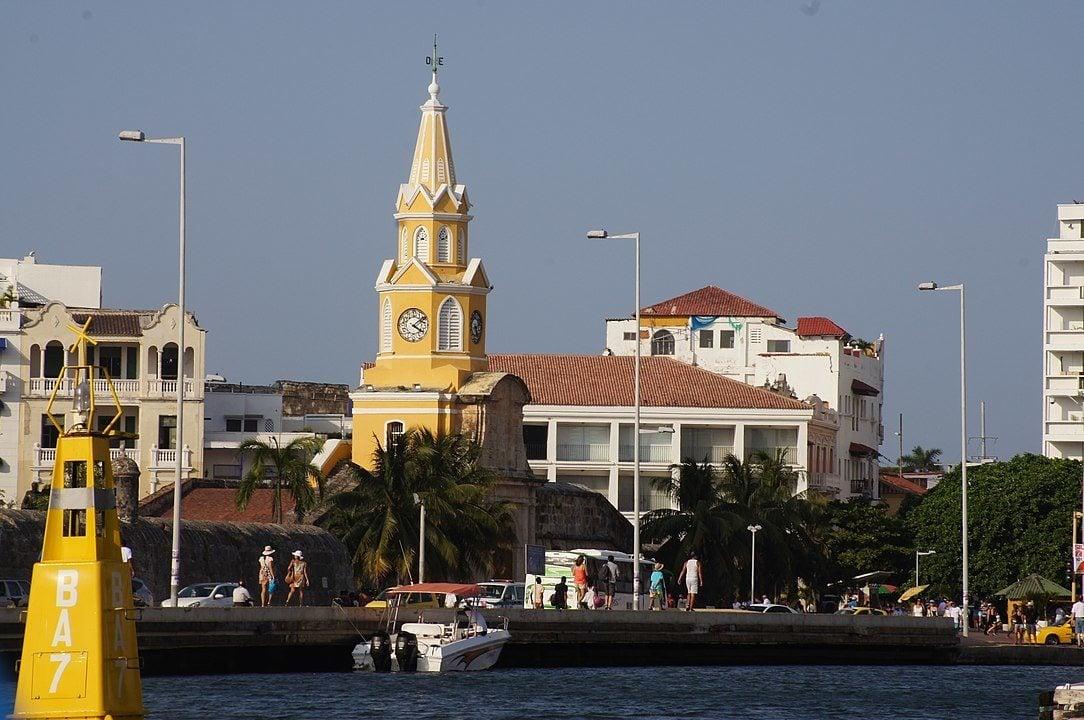 Monumento Torre Del Reloj