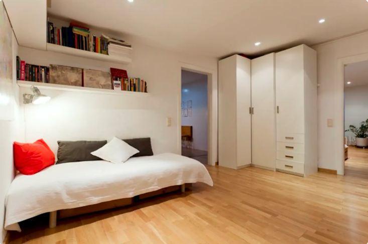 Open Concept and Spacious Apt Barcelona