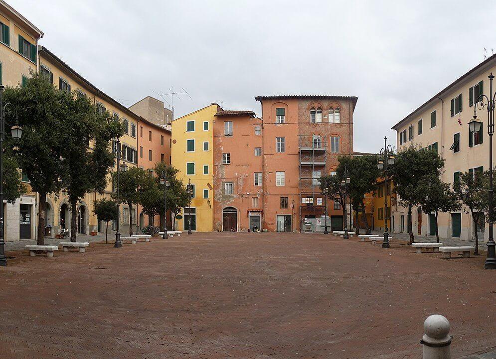 Piazza della Pera