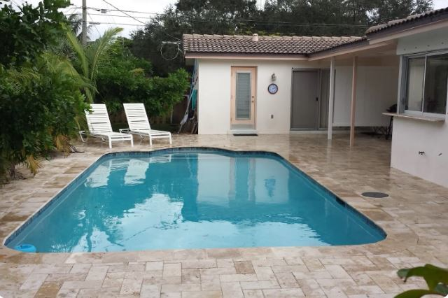 Pool Studio Private Entrance