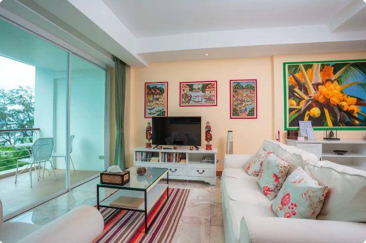 Premiere Oceanfront Suite Phuket