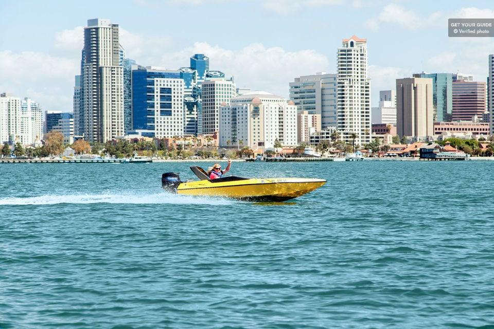 Tour around a speed boat in San Diego.