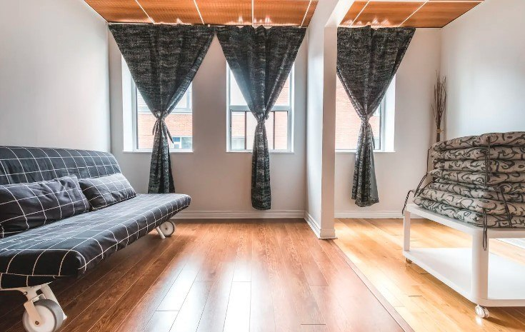 Simple & Stylish Room at Downtown Core, Toronto
