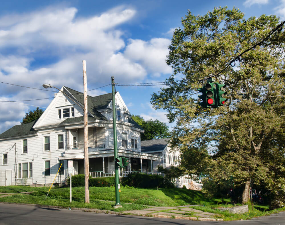 Tipperary Hill Traffic Light, Syracuse, New York