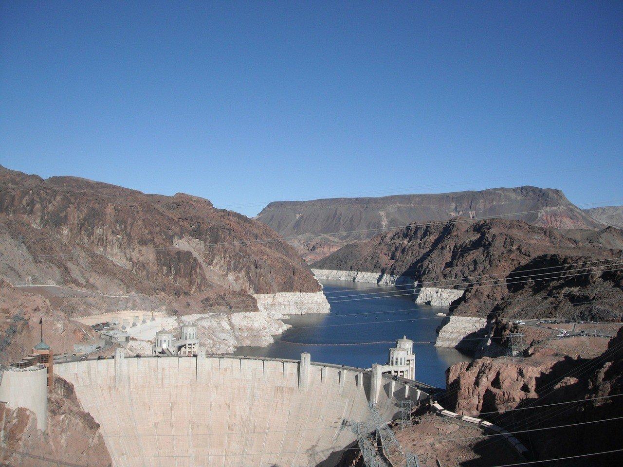 Visit Hoover Dam