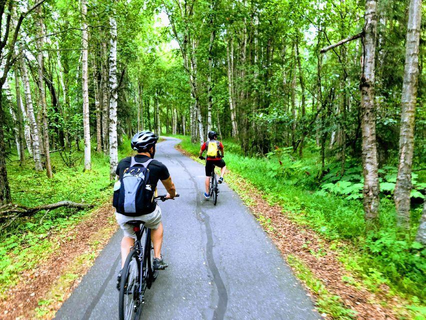 coastal Anchorage by bike