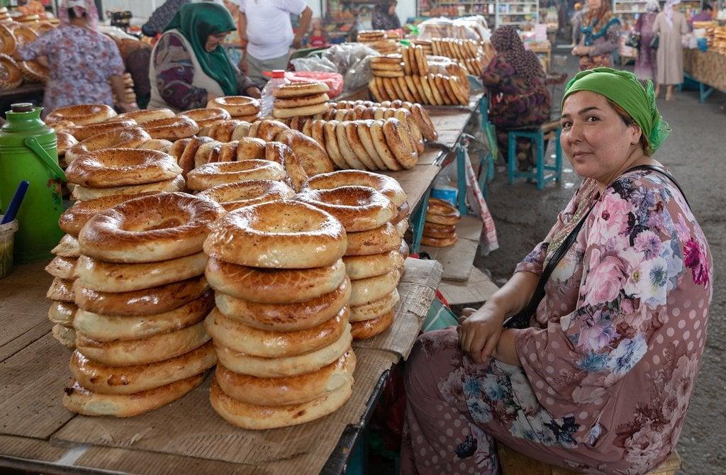 baazar in kyrgyzstan