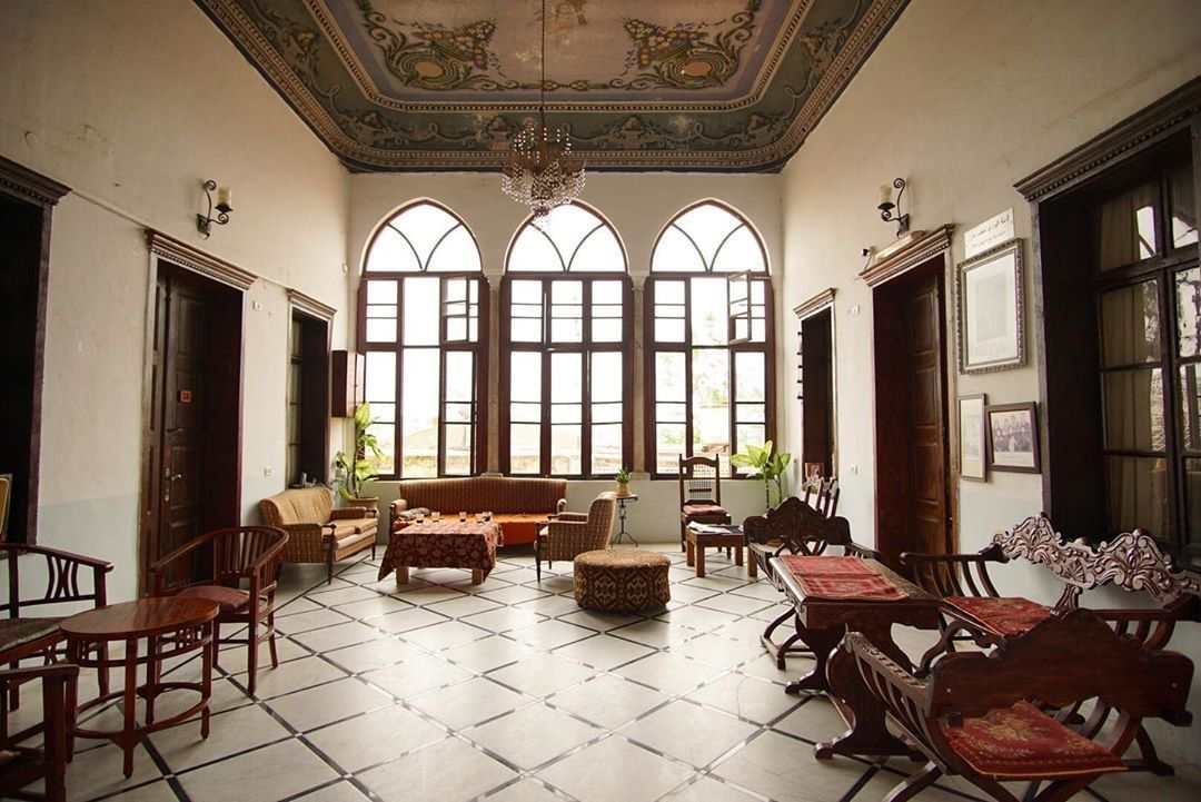 The common room at Fauzi Azar