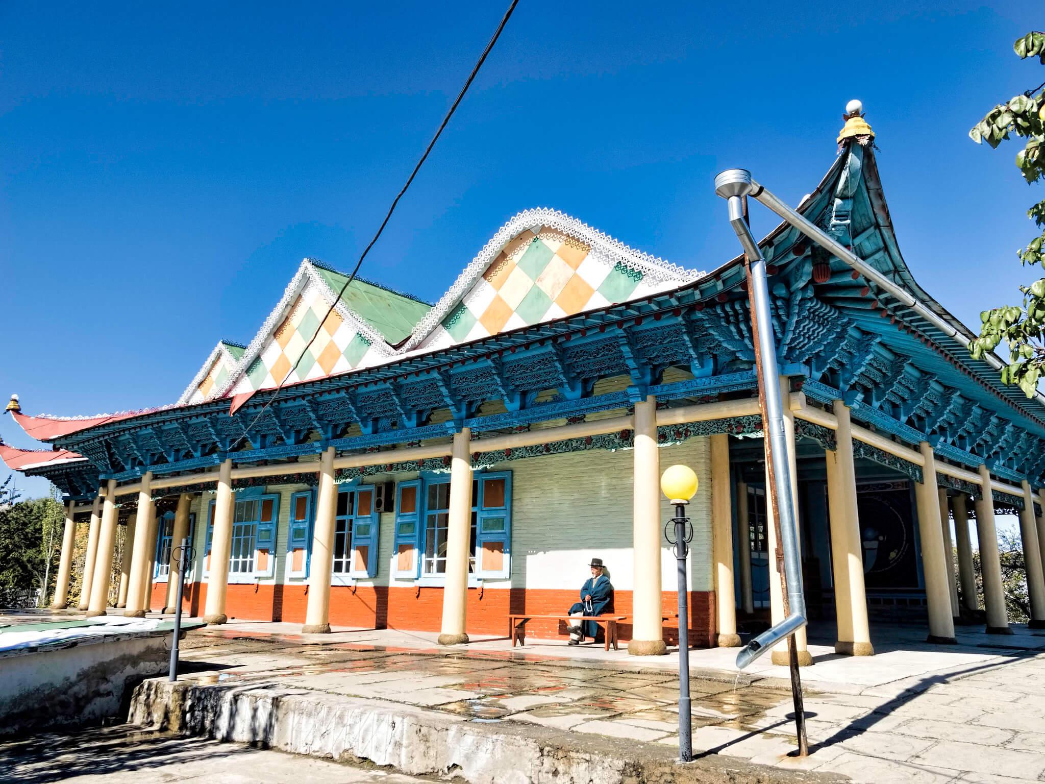 dungan mosque karakol kyrgyzstan