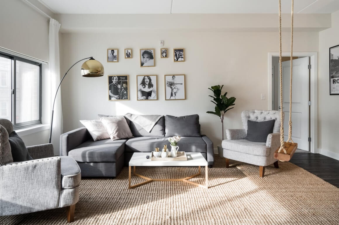 Chic Central Apartment