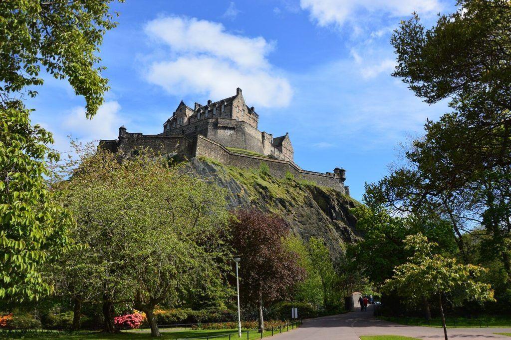 Cheap Hostels in Edinburgh Guide