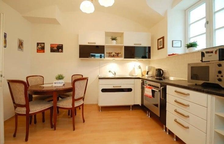 Family Apartment in Steinhausen, Munich