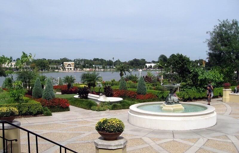 Hollis Gardens lakeland