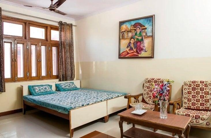 Room near Railway and bus station, Jaipur