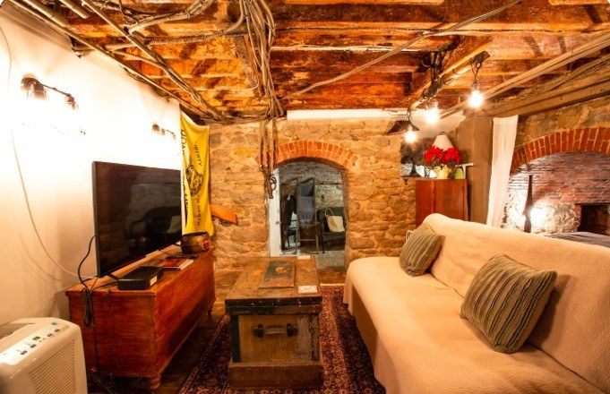 Studio in historic wine cellar, Philadelphia