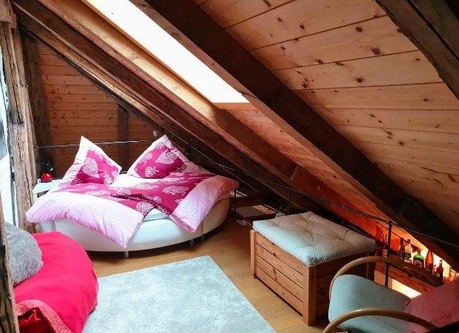 Stylish and Central Hut Style Loft, Munich