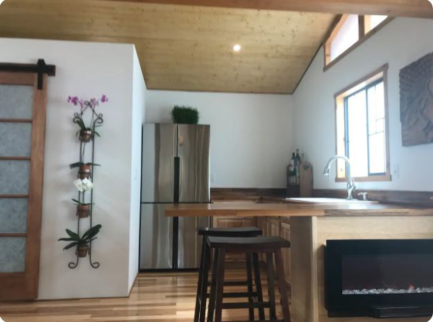Tiny Home with Awesome Views