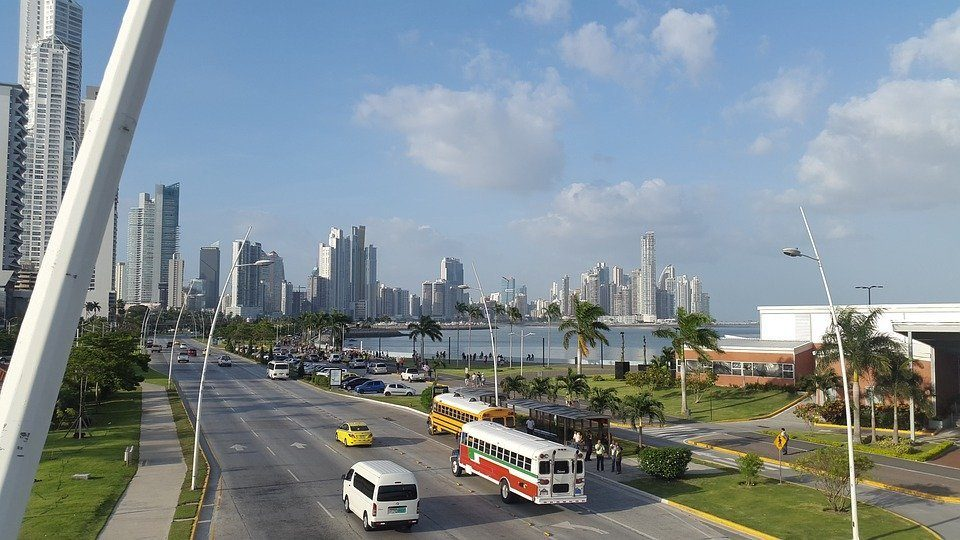 Is it safe to drive in Panama?
