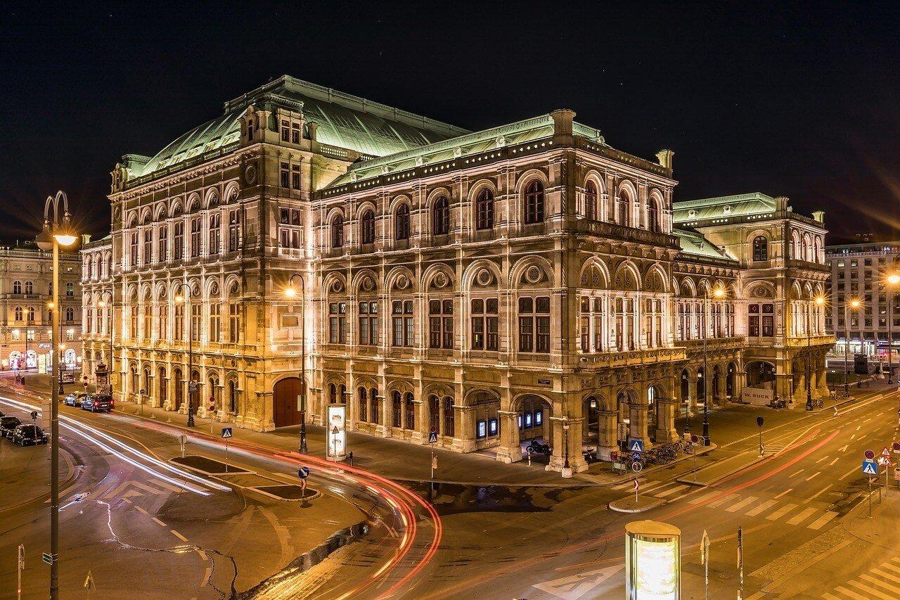 vienna operahouse