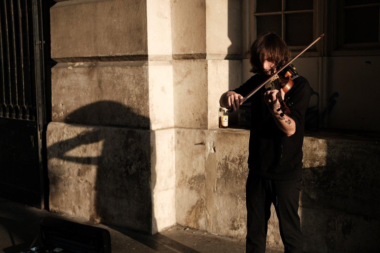 street musician in vienna