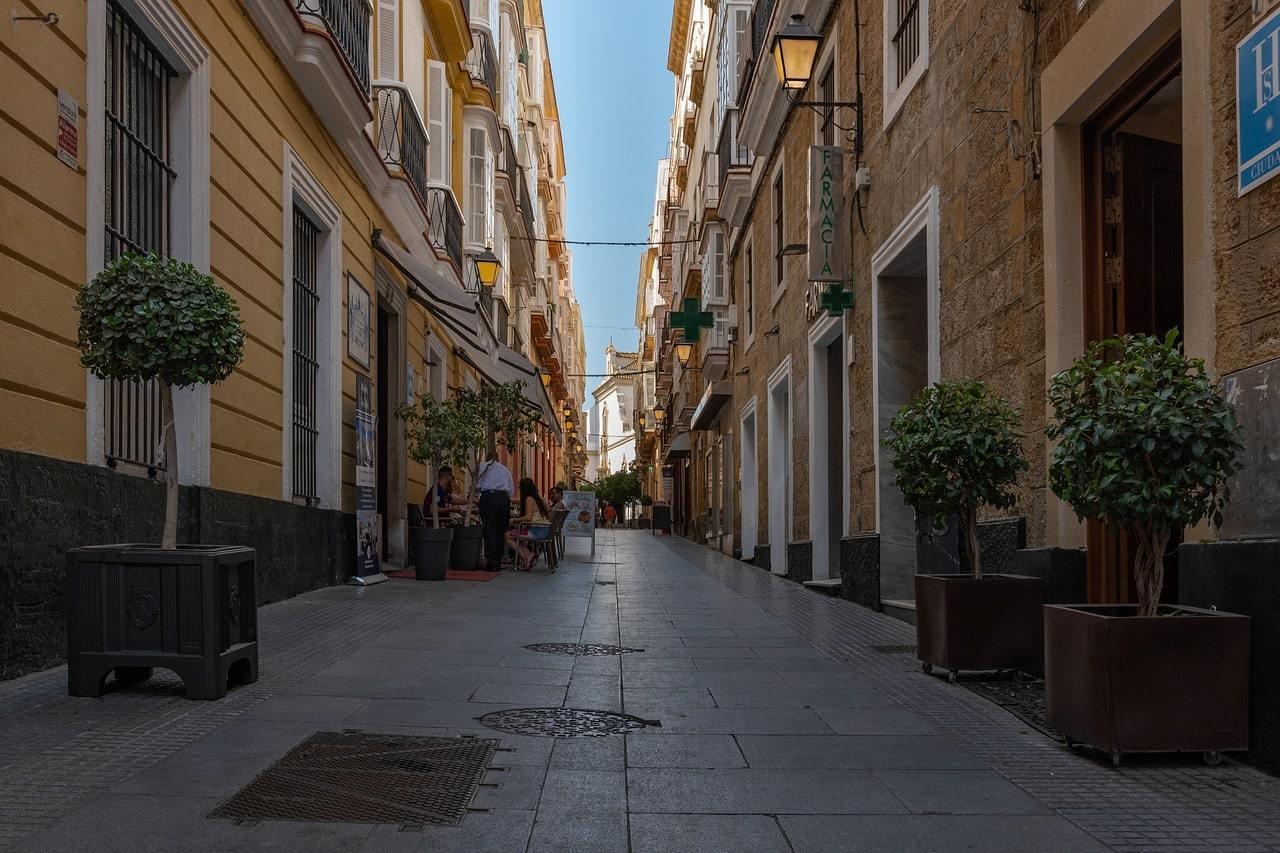 Best Hostels in Cadiz