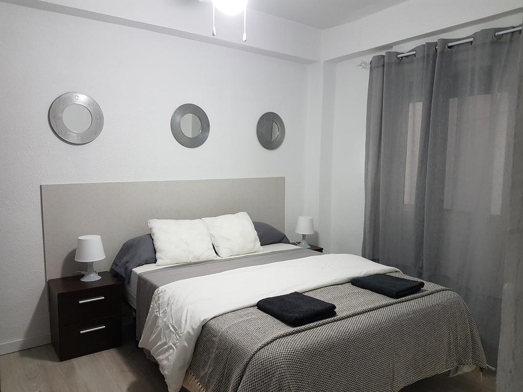Centric Rooms Mercado best hostels in Alcante
