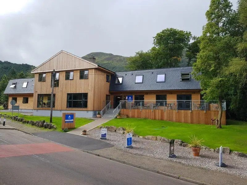 the best hostels in fort william