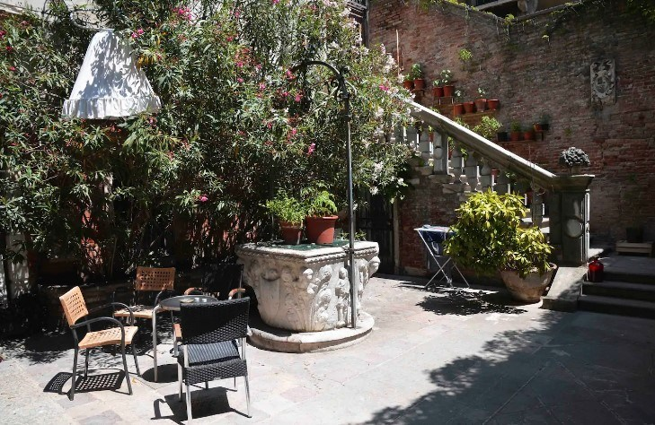 Historic Residence near La Fenice, Venice