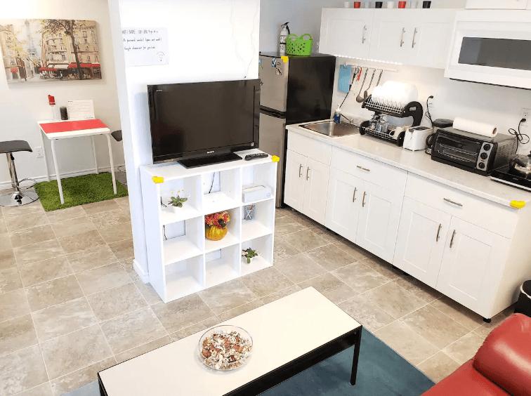 Huan's Place best hostels in Winnipeg