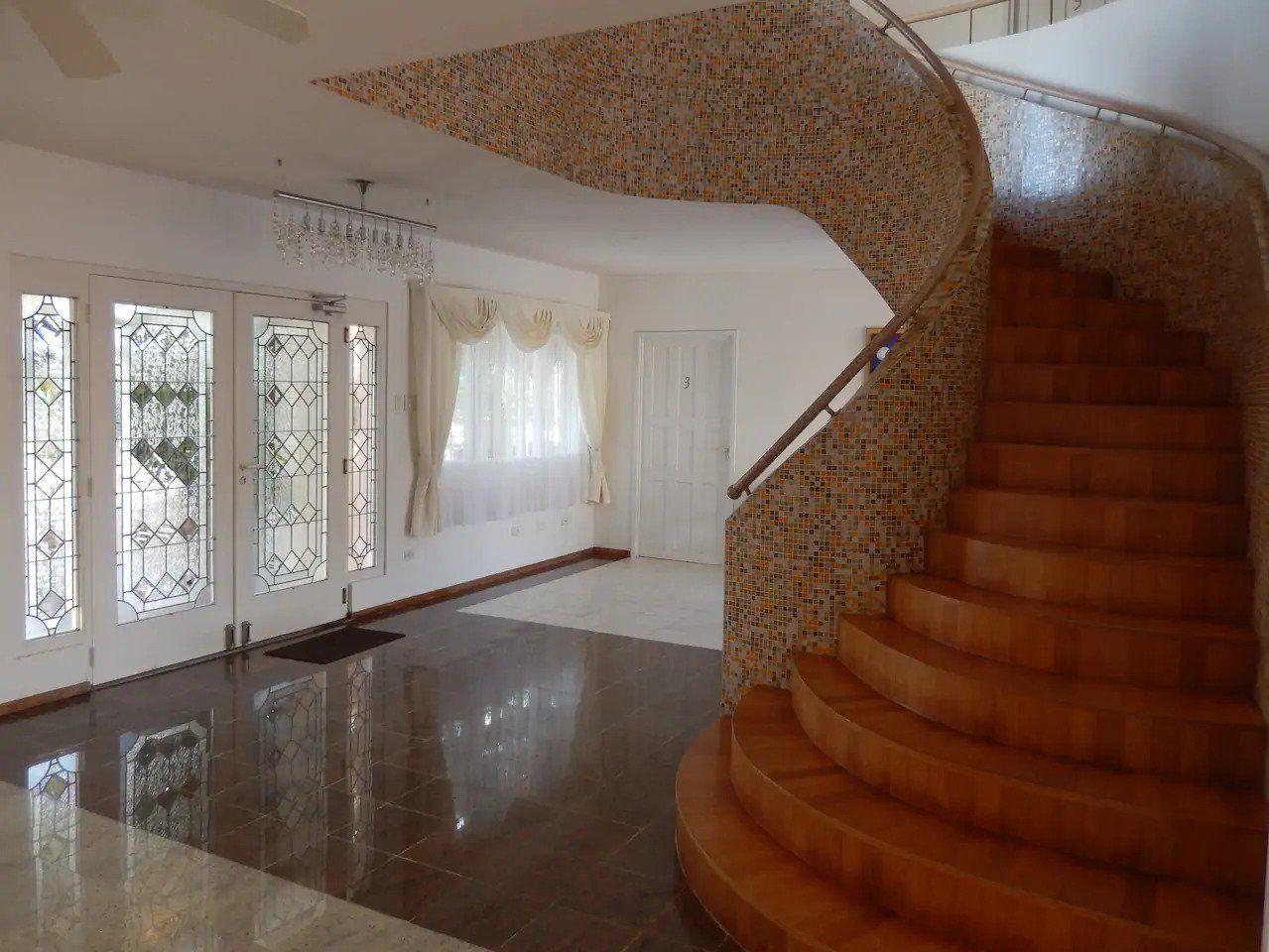 Kamerlingh Villa