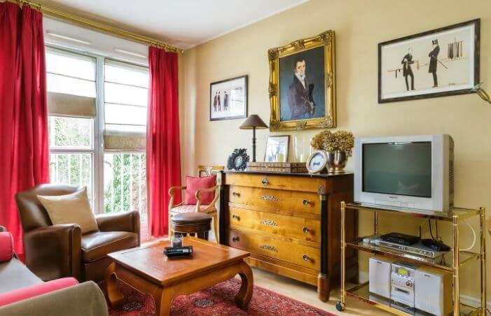 Romantic Bedroom Paris Belleville