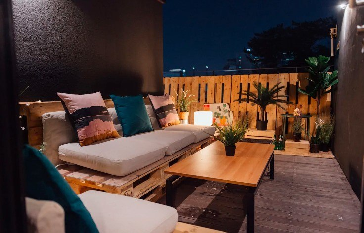 Rooftop therapy with private BBQ, Seoul