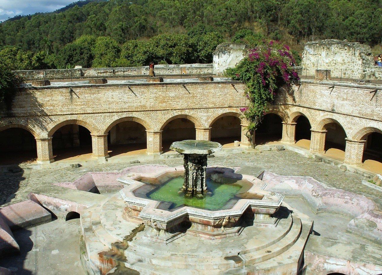 antigua guatemala - el caseo